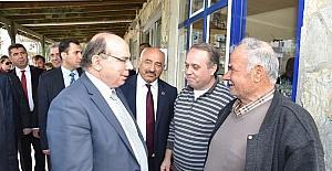 Vali Çiçek, Boğaziçi Mahallesi'nde vatandaşlarla buluştu
