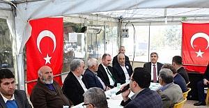 Ak Parti Genel Sekreteri Gül'den şehit ailesine ziyaret