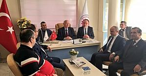AK Partili Mersinli'den oda başkanlarına referandum ziyareti