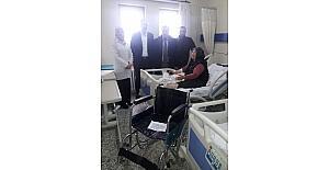 Anadolu Engelliler Derneği'nden engelli vatandaşa tekerlekli sandalye