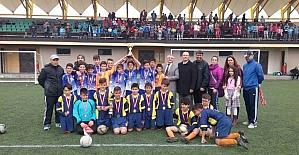 Atatürk Ortaokulu futbol takımından il birinciliği