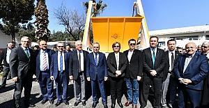 """Aziz Kocaoğlu: """"Herkes Türkiye'nin üzerine çorap örmeye çalışıyor"""""""
