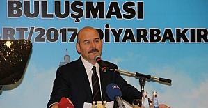 Bakan Soylu Diyarbakır'da STK ve kanaat önderleri ile bir araya geldi