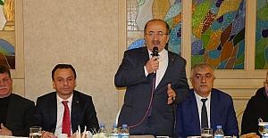 Başkan Gümrükçüoğlu, Maçka'da mahalle muhtarları ile buluştu
