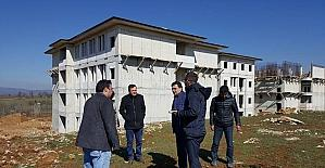 Başkan Yalçın, Sağlık Meslek Lisesi inşaat çalışmalarını yerinde inceledi