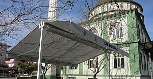 Çan Belediyesi ilçedeki camileri tente ile donatıyor