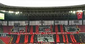 Efeler, milli maç biletlerinin karaborsa satılmasına tepkili