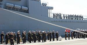 Foça'da TCG Ertuğrul Gemisine hüzünlü veda