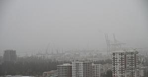 İskenderun toz bulutlarına teslim