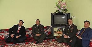 Kaymakam Öztürk'ten şehit ailesine ziyaret