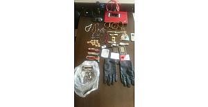Kumluca ve Finike'de evlerden hırsızlık yapan kişi yakalandı