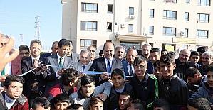 Lisede yapılan halı saha törenle açıldı