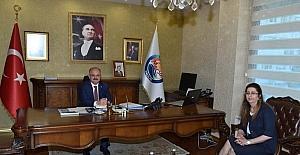 Mersin'in yeni Defterdarı Ercoşman, Vali Çakacak'ı ziyaret etti