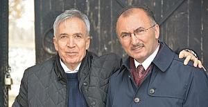 Sabah Gazetesi Yazarı Donat'tan Başkan Köksoy'a ziyaret