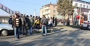 Tavşanlı ilçesinde otomobilin çarptığı kadın işçi yaralandı