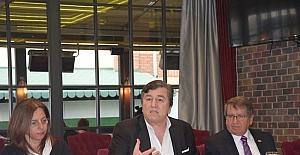 TSYD Genel Başkanı Oğuz Tongsir spor basını ile bir araya geldi