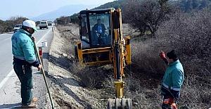 Aliağa'da son iki yılda 40 bin fidan toprakla buluştu