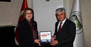 Azeri müşavirden Vali Doğan'a ziyaret