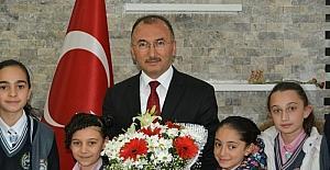 Başkan Köksoy'dan 23 Nisan Ulusal Egemenlik ve Çocuk Bayramı mesajı