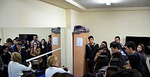 Bolu'da öğrenciler üniversiteyi tanıma gezisi yaptı