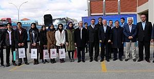 Büyükşehir'den LYS öncesi öğrencilere soru bankası desteği