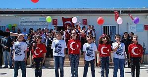 Çadır kentteki Suriyeli çocuklar 23 Nisan'ı kutladı