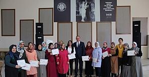 Dikiş kursunu tamamlayanlara belgeleri verildi