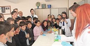 ESOGÜ Kimya Mühendisliği Öğrenci Kulübü Mihalıççıklı gençlerle buluştu