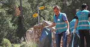 Hükümlüler tarihi Likya yolunda çevre temizliği yaptı