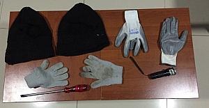 İşyerinde çelik kasayı patlatan hırsızlar yakalandı