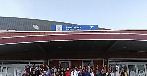 Karayazılı Çocuklar Yakutiye Gençlik Merkezinin kanatlarında