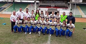 Kdz. Ereğli Merkez Anadolu Lisesi kız futbol takımı dünya şampiyonasına katılacak