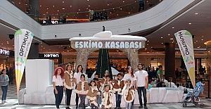 """Minikler 23 Nisan'ı """"Eskimo Kasabası""""nda kutladı"""