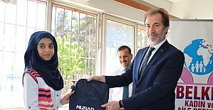 MÜSİAD Gaziantep Şubesinden Suriyeli öğrencilere kırtasiye yardımı