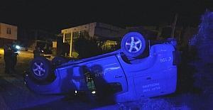 Mut'ta askeri araç kaza yaptı 2 yaralı