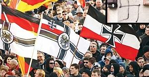 Nazi torunu Almanlar kuduruyor