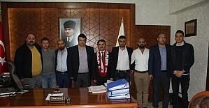 Nevşehirspor Taraftarlar Derneği Vali Aktaş'ı ziyaret etti