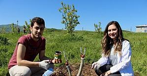 OMÜ'lü öğrencilere bahçede eğitim