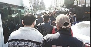 Samsun'da 'ByLock'tan 3 eski polis tutuklandı