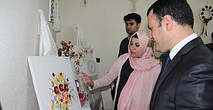 Şemdinli'de el sanatları sergisi