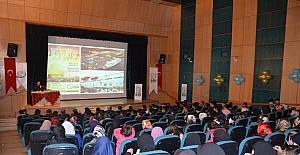 "Tatvan'da ""Benim Adım Kudüs"" konulu konferans düzenlendi"