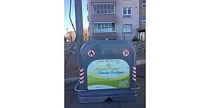 Uşak'ta kötü kokuya neden olan çöp konteynırları değiştiriyor