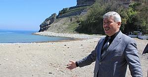 Yılmaz, Ilıksu plaj tesislerini inceledi