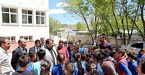 Ağrı Milli Eğitim Müdürü Turan, ilçelerde incelemelerde bulundu