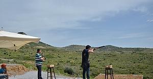 Avcı ve atıcılar Foça'da yarıştı