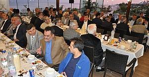 Başkan Karabacak, Darıca protokolü ile iftarda buluştu