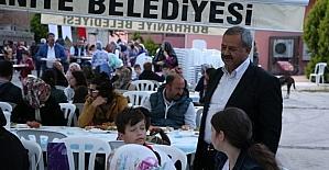 Başkan Uysal, ilk iftarda vatandaşlarla bir araya geldi
