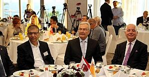 """Baykal, Kılıçtaroğlu'na seslendi: """"Aday olacaksan ol! Olmayacaksan, buradan birisini seçelim"""""""