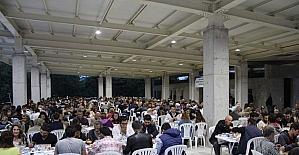 Biga'da ilk iftar yemeği yoğun ilgi gördü