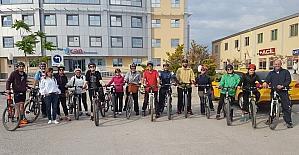 Bisikletçiler Biga Nilüfer Gölüne tur düzenledi